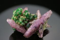 Garnet (green) and Cobaltoan Calcite