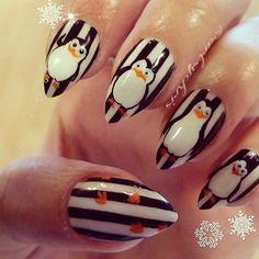 Nails @artsychris #craftyfingers http://decoraciondeunas.com.mx #moda, #fashion, #nails, #like, #uñas, #trend, #style, #nice, #chic, #girls, #nailart, #inspiration, #art, #pretty, #cute, uñas decoradas, estilos de uñas, uñas de gel, uñas postizas, #gelish, #barniz, esmalte para uñas, modelos de uñas, uñas decoradas, decoracion de uñas, uñas pintadas, barniz para uñas, manicure, #glitter, gel nails, fashion nails, beautiful nails, #stylish, nail styles