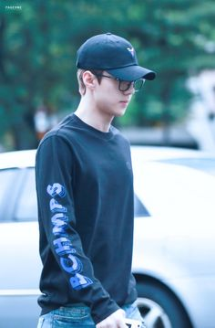 Sehun - 160826 KBS Music Bank, commute Credit: Page One. (KBS 뮤직뱅크 출근길)
