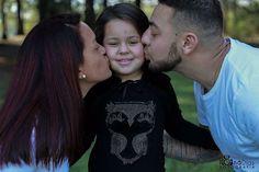 ". "" O seu querer tem muita força. Queira bem!"" . Larissa, Cristiane e Maicon por 📷 @ionadiasfotografia . . . #kids #child #instakids #babiesofinstagram #cutekidsclub #beautiful #life #childrenphoto #little #happy #smile #familytime  #love  #small #love #happy #young #familia #princess #princesa"