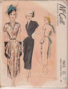 FABBRICA piegato rara 1949 Misses' dopo 5 vestito McCall 7615 taglia 16 busto 34 di HelaQ su Etsy https://www.etsy.com/it/listing/164569897/fabbrica-piegato-rara-1949-misses-dopo-5