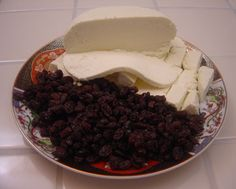 Afghan Kishmish Panir, super simple to make homemade cheese & side of raisins