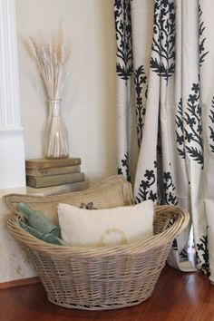 DIY How to spray a wicker basket that beautiful smoky gray/taupe tone :))