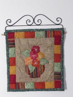 Meu primeiro quilt: painel vaso de flores, criação professora Cristina Crepaldi