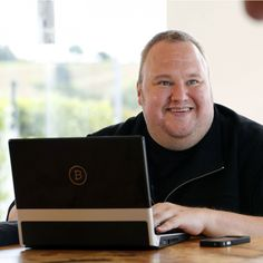 Kim Dotcom Teases Micro-tipping App Bitcache for Youtubers   On August 26 the notorious Kim Dotcom released a preview of his new Bitcache platform for Youtubers. Additionally Youtube creators with 500000 followers can direct message Dotcom for a beta partnership opportunity.  Also Read:Australia Introduces Bill That Regulates Bitcoin Exchanges  With Bitcache Fans Can Tip Their Favorite Youtubers mBTC for Content  Kim Dotcom has been teasing his new product for quite some time and…