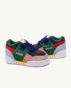 ff9ce5def4c1 Reebok Classic x The Animals Observatory Workout Plus Multicolor Baby  Sneakers