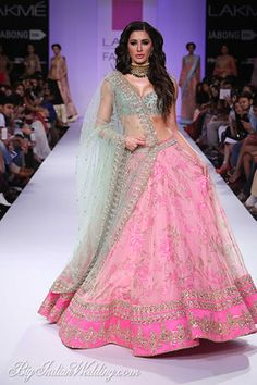 Nargis Fakhri for Anushree Reddy at LFW W/F 2014