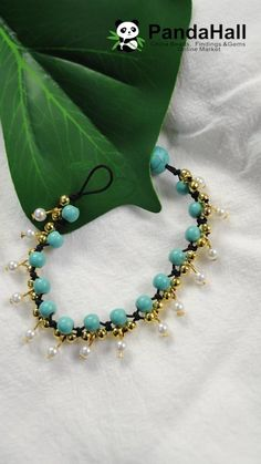 Turquoise Bracelet with Pearls # boho jewelry diy tutorials Diy Friendship Bracelets Patterns, Diy Bracelets Easy, Handmade Jewelry Bracelets, Bracelet Crafts, Bracelet Patterns, Boho Jewelry, Beaded Jewelry, Beaded Bracelets, Beading Patterns