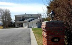 No Longer Listed, Taunya Fagan Bozeman Luxury Homes - Surrounded by large mature trees for privacy, spectacular mountain and valley views. Enjoy the country setting on 1.2 acres yet only 5 minutes to Downtown Bozeman. High quality built home, upscale interior finishes, tumbled travertine, hickory solid wood floors, solid cherry cabinets, marble floors/shower.
