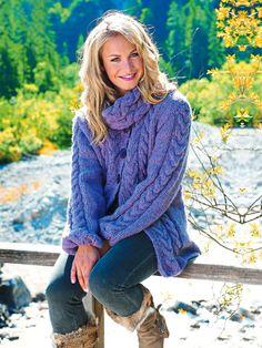 Olympiasiegerin Magdalena Neuner liebt warme Strickmode. Wir verraten, wie Sie diese Strickjacke ganz einfach nachmachen können.  -> Hier