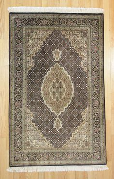 4'3 X 6'8 Traditional Hand Knotted Rug