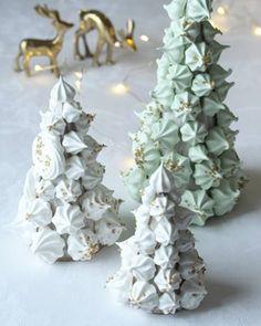 Sarah Bernhardt i langpanne - krem.no Meringue, Candle Holders, Crown, Candles, Table Decorations, Pocket Money, Christmas Ideas, Brioche, Merengue