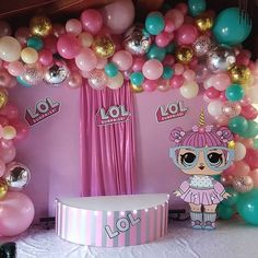 LOL ideas for bday 7th Birthday Party Ideas, Birthday Party Centerpieces, Birthday Decorations, 5th Birthday, Surprise Birthday, Doll Party, Slumber Parties, Balloon Decorations, Ideas Para