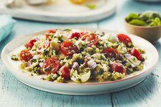 Salade de quinoa au pesto, aux tomates et à la mozzarella - Cuisinez avec Campbells