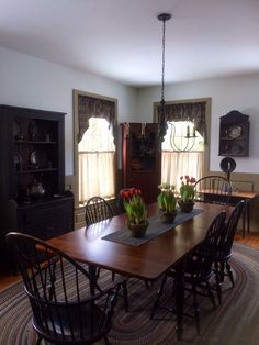 Curtains Dark On Top While Still Letting In Light The Bottom Primitive Dining RoomsPrimitive