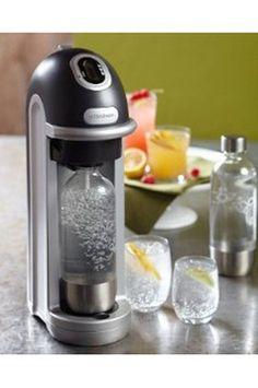 En famille ou entre amis, cet appareil vous permet d'une manière simple et rapide de faire vos propres sodas.