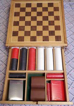 Wood Marlboro Checker Board - Backgammon, Poker chips and Cards