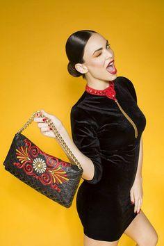 necklace and handbag by JennyJeshko  photo @WINK