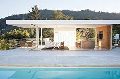 -california contemporary- Over looking the mountains and the San Francisco Bay . with that pool . Serene indoor/outdoor living at its best. Casas California, California Style, California Homes, Larkspur California, Bungalows, Interior Exterior, Exterior Design, Turner House, Baie De San Francisco