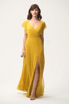 6825b40e08 23 Beautiful Bridesmaid Dresses with Sleeves