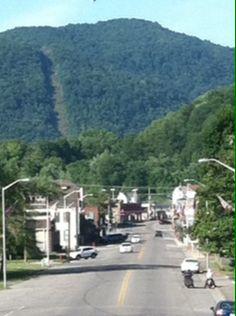 Such A Quaint Little Town Big Stone Gap Va West Virginia History Beautiful Places On Earth Big Stone Gap