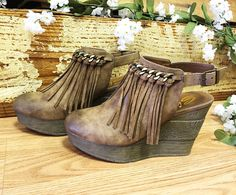 Sbicca vintage collection booties with fringe
