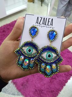 Diy Jewelry, Beaded Jewelry, Jewelery, Jewelry Making, Bead Embroidery Jewelry, Beaded Embroidery, Hamsa, Beaded Earrings, Statement Earrings