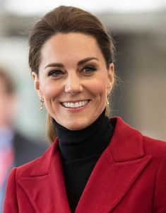 Kate Middleton Photos - Catherine, Duchess of Cambridge during a visit to North Wales on May 2019 in Various Cities, United Kingdom. - The Duke And Duchess Of Cambridge Visit North Wales Lady Louise Windsor, Princess Charlotte, Princess Kate, Duchess Of Cornwall, Duchess Of Cambridge, Make Skinny Jeans, Duchesse Kate, St Mary Magdalene Church, Kate Middleton Pictures
