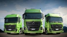 Mercedes-Benz Actros for the Brazilian market is based on the 3rd generation of Actros. So actually the new truck is a deep modernization, but not a completely new model. This choice was made because of economical, reliability and structural strength reasons. For example, the Brazilian Actros is equipped only with a 13-liter OM 460 engine rated of 460 or 510 hp. Trucks are available as a 6x2 or 6x4 tractors.