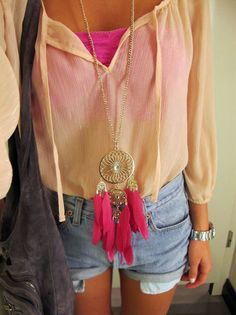 love everything about this outfit (except the necklace, not into accessories)