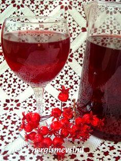 NAR ŞERBETİ Alcoholic Drinks, Pasta, Glass, Food, Liquor Drinks, Drinkware, Essen, Alcoholic Beverages, Noodles
