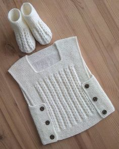 I started to build Nurcan's orders, and the niece would happily use health . # baby # babykids to. Baby Cardigan Knitting Pattern, Knitted Baby Cardigan, Baby Pullover, Baby Hats Knitting, Easy Knitting Patterns, Knitted Hats, Crochet Baby Sweaters, Baby Boy Crochet Blanket, Crochet For Boys