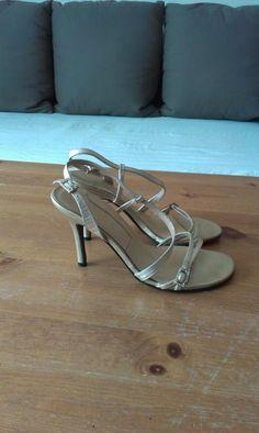 Sandały na szpilce Barratts 37
