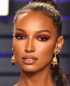 "Jasmine Tookes ""Sick in bed still dreaming of this glam♥️🤒 Flawless Makeup, Glam Makeup, Bridal Makeup, Hair Makeup, Eyeliner Makeup, Black Girl Makeup, Girls Makeup, Dark Skin Makeup, Natural Makeup"