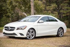 2014 Mercedes Benz CLA250 front angle 2