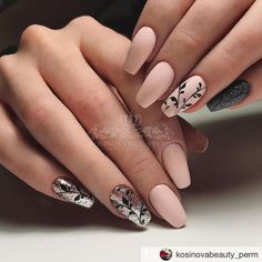 Nail art Christmas - the festive spirit on the nails. Over 70 creative ideas and tutorials - My Nails Glam Nails, Nude Nails, Matte Nails, Beauty Nails, Perfect Nails, Gorgeous Nails, Pretty Nails, Hair And Nails, My Nails
