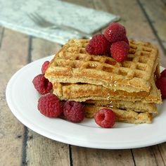These Banana-Oat Blender Waffles are made without any added fats and they call for three common main ingredients. Gluten Free!