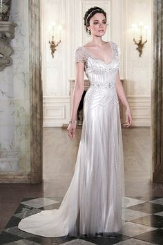 Vintage-inspired wedding dress by Maggie Sottero #1920s #vintage