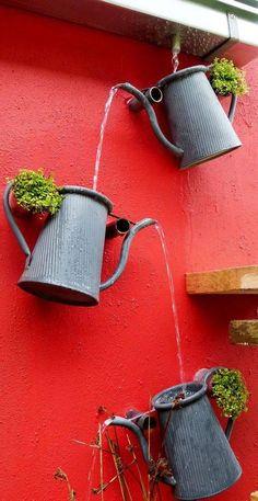 The most stylish way to collect rain water rain chain construction - Diy Garden Decor İdeas Pot Jardin, Garden Crafts, Garden Tips, Diy Garden Projects, Water Garden, Garden Water Features, Outdoor Projects, Craft Projects, Project Ideas
