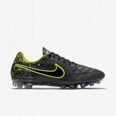 save off 0d724 ab067 Nike AIR HUARACHE Run ULTRA TRA Wallace Zebra Due To Ai. Football BootsBlack  ...