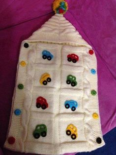 Knitted sleeping bag with trolley - Baby Knitting Patterns, Crochet Patterns, Quilt Baby, Crochet Baby Cocoon, Knit Crochet, Viking Tattoo Design, Baby Socks, Crochet For Kids, Knitting Socks