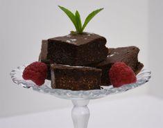 Brownies keto à la farine d'amandes / cétogène / faible en glucides Chocolat Lindt, Sante Plus, Valeur Nutritive, Food Categories, Keto, Nutrition, Desserts, Almond Flour, Molten Lava Cakes