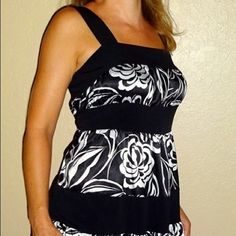 Elle NWT New Years satin black white beach dress Elle NWT New Years satin multi black white women's tiered beach sun dress | S | Small  New With Tags  black | white  Poly | spandex blend  The white portion is satin   Size S | Small   Pair this with sandals  Pair this with a blazer & heels  Perfect Christmas | New Years dress  Beach | date night | casual Elle Dresses