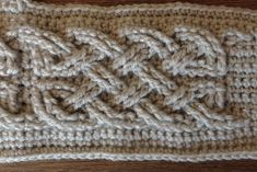 Ravelry: Book of Kells - Large Celtic Cables by Suvi