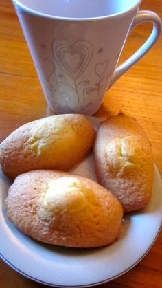 Toujours mettre la pâte des madeleines au frigo avant la cuisson ( pour avoir un beau dôme )
