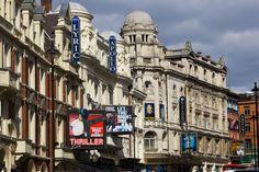 The West End, #London http://www.nyhabitat.com/blog/2014/12/01/live-like-local-bloomsbury-west-end-london/