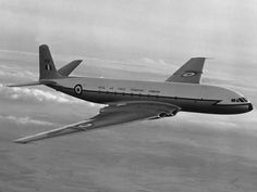 De Havilland Comet The World's first passenger jet.