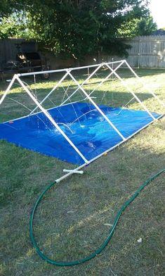 Kids sprinkler, water sprinkler, sprinkler party, backyard ideas kids, fun back Backyard Playground, Backyard For Kids, Backyard Games, Backyard Projects, Outdoor Projects, Playground Slide, Backyard Landscaping, Summer Fun For Kids, Diy For Kids