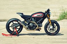 A hot-rodded engine, a MotoGP exhaust and Panigale forks: is this Ducati Scrambler from WalzWerk Racing the Monster that should have been?