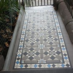 Olde English Tiles – Fitzroy pattern with the Norwood border. Hall Tiles, Tiled Hallway, Victorian Front Garden, Victorian Terrace, Porch Tile, Front Path, Hall Flooring, Outdoor Tiles, Gardens